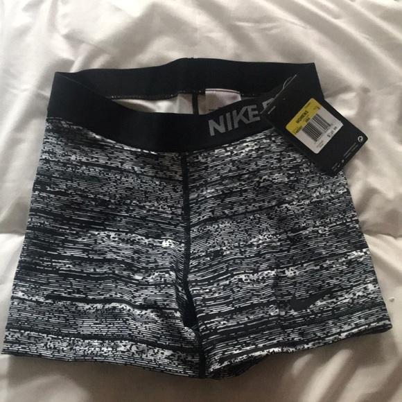 Nike Pants - Nike pro shorts